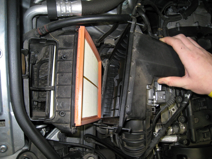 audi a4 b6  b7 air filter replacement