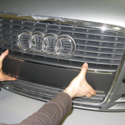 audi-a4-b7-front-plate-delete-05