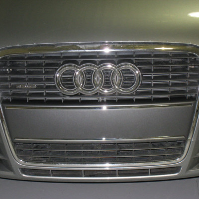 audi-a4-b7-front-plate-delete-06