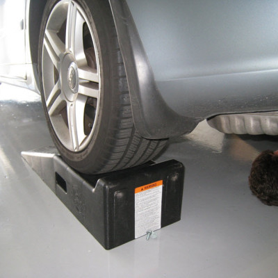 audi-rs4-rear-sway-bar-install-03