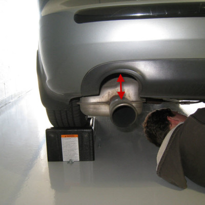 audi-rs4-rear-sway-bar-install-05