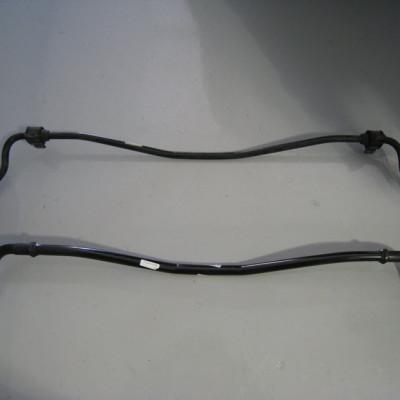 audi-rs4-rear-sway-bar-install-09